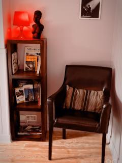 UN moment de pure détente bien calé dans un confortable fauteuil