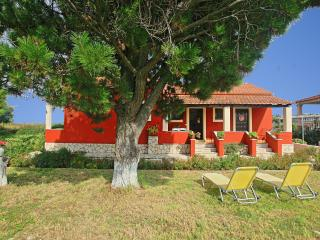Alexandros Beach Apartment, Acharavi