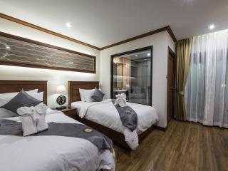 Deluxe twin beds with breakfast, Chiang Mai