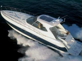 Yacht Luxury Charter  3 Cabins - 6 Guests / 2 crew, Elliniko