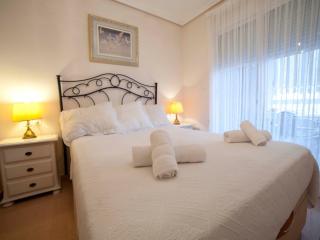Piscina, junto a la playa y al Golf - 2 baños, Alicante