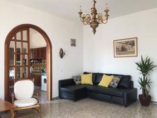 Classic Tuscan apartment close to the sea, Castiglioncello