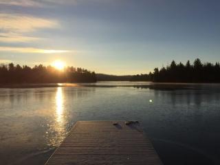 Lakefront Cottage Rental on 2 lakes, Kawartha Lakes