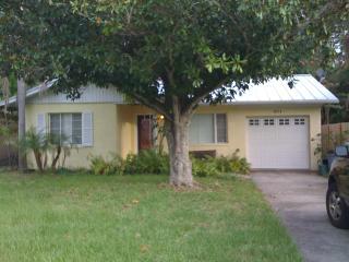 Magnolia St Vacation Retreat, Sarasota
