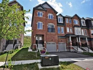 Luxury House to Rent in Brampton