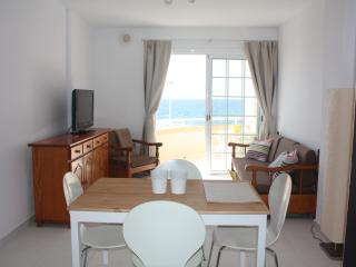 Apartment sea views, beach Cabezo, El Medano