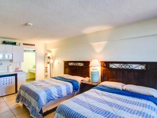 "Vacation rental at ""HAWAIIAN INN"" condo"