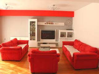 apartman/house with pool JURE, Zadar