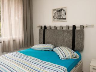 Excelente quarto e sala em Ipanema