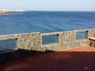 Espectacular chalet 1º linea playa, Telde
