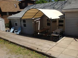 TWO BEDROOM COTTAGE IN THE HEART OF GRAND BEND!