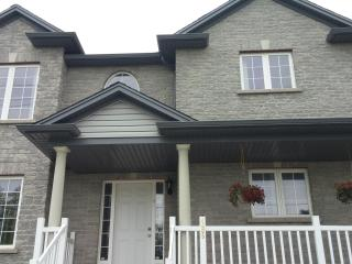 Luxurious with Nature 3 Bedroom 1.5 Bath, Unit 3, Niagara Falls