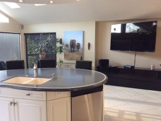 Vancouver / Richmond Executive Suite