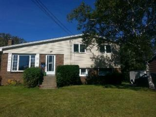 Lrg Room,Close to NSCC,2mins to Bus, Dartmouth
