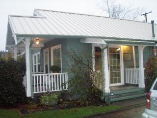 Bella's Cottage House/New Moon Breaking Dawn Cottage
