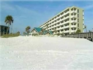 2BD/2 BA -On the Beach - Free WiFi All-Inclusive, Fort Walton Beach