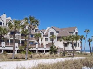 Fripp Island Oceanfront Condo - Free Amenity Cards