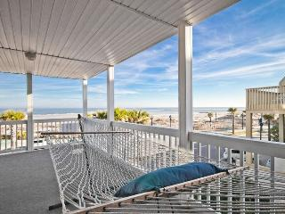 3BR/2BA! All Oceanfront Views!, Isla de Tybee