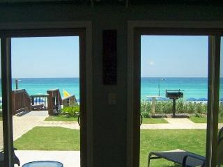 Coral Reef Club 1st Floor 5 Star Unit ON BEACH, Destin