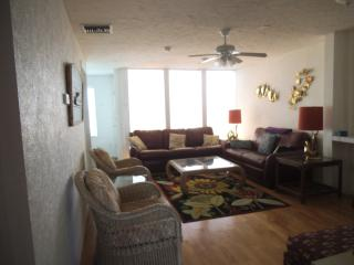 4 Bedroom 3 Bath Oceanfront Townhouse With Garage, Cocoa Beach