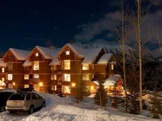 Fernie Timberline Lodges 2 Bedroom Platinum Condo