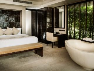 Pool Suite on Samui!, Lipa Noi