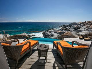 Batu Villa - Ideal for Couples and Families, Beautiful Pool and Beach, Virgin Gorda