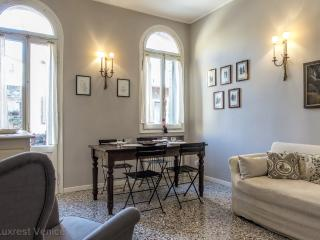 Sabotino charming flat in Sant'Elena!, Venice