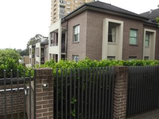 Stunning  Executive 1 bdrm, Cremorne