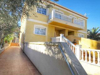 B20 FRANCESCA villa adosada con piscina privada