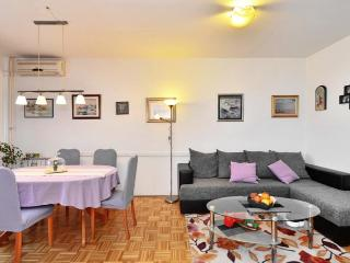 New apartment near city center and stadium Poljud, Split