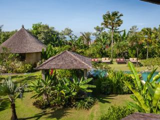 Villa Bunga Desa, Kuta