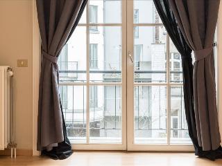 Spacious 1bdr w/balcony
