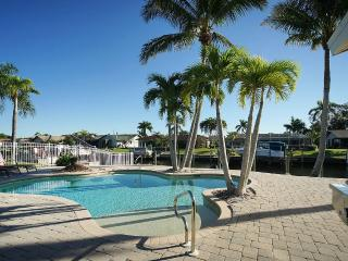 Simply Amazing Coastal Style House! Remodeled, Cape Coral