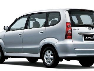 The new automatic Toyota Avanza car included in the rental price of the Villa
