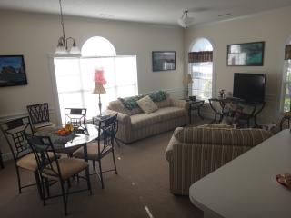 Myrtlewood Condo, Spring Special!!! $500/wk, incl. tax, cleaning, and linens!!!