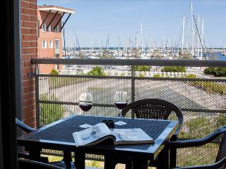 Modern 2bdr apt w/balcony, Marina di Ravenna