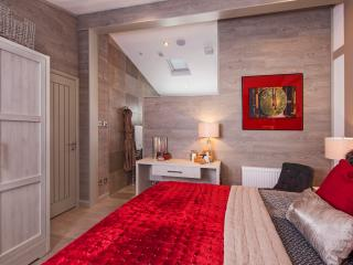 3 Bedroom Autograph Lodge at The Sanctuary, Greenham