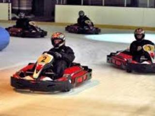 Karting sur glace à la patinoire de Coutances