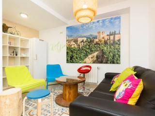 Oh! My Hostel: dormitorio para 2/3 con baño fuera, Granada