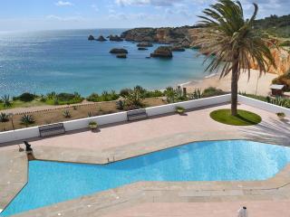 Villa Oasis O, Alvor
