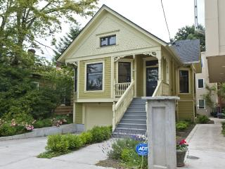 Spacious Victorian Home in Prime NW Location!