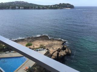 Sea front apartment for fabulous holidays !!!, Santa Ponsa