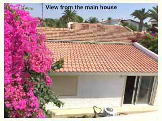 Quaint Guest House in Ilica-5 Mins. walk to Beach, Cesme