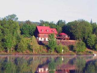 Lakeside Cottage (40 min from Mont Tremblant)