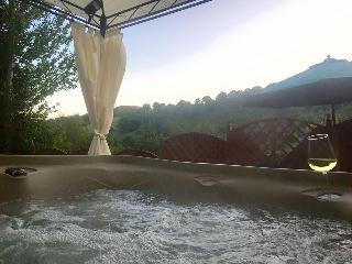 Taff Merthyr Lodge with Hot tub nr Cardiff 399420, Merthyr Tydfil