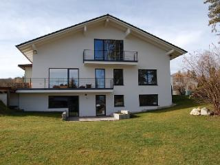 Holiday Flat close to the lake ('Starnberger See'), Possenhofen
