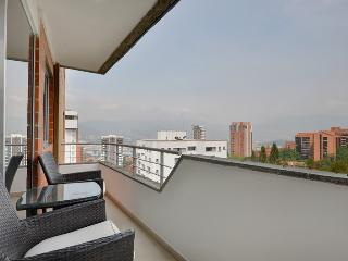 Torre Ibiza 702 Modern and Close to Parque Lleras