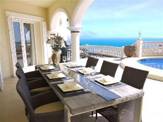 Luxury Villa Lirios Moraira stunning sea views, Benitachell