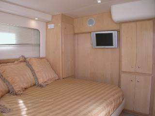 45' Yacht  with optional Captain 2 Staterooms